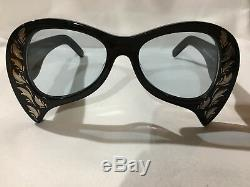 Authentic New GUCCI Sunglasses GG0143S Mother of Pearl Black Frame Gray Lens