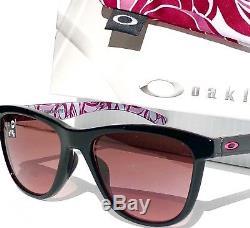 NEW Oakley MOONLIGHTER Breast Cancer G40 Black Iridium Womens Sunglass 9320-15
