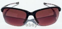 NEW Oakley Unstoppable Breast Cancer POLARIZED Grey Women's Sunglass oo9191