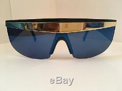 Vintage VERSACE Mod 676 Sunglasses. (Rihanna, 80s, Lady Gaga, 90s, Occhiali)