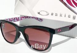 New Oakley Moonlighter Cancer Du Sein G40 Black Iridium Womens Sunglass 9320-15
