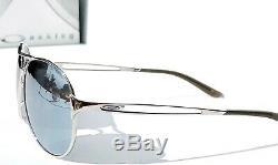 Nouveau Oakley Caveat Argent Polarise Chrome Aviator Sunglass Mirror Femmes 4054