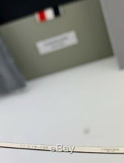 Thom Browne Lunettes De Soleil Aviateur Tbs112-52-01 Silver Frame Gris Flash Objectif 52 MM